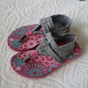 Girls Skechers Yoga Foam Sandals
